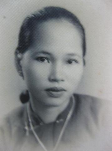 Mẹ tôi, hoa khôi Mậu Tài