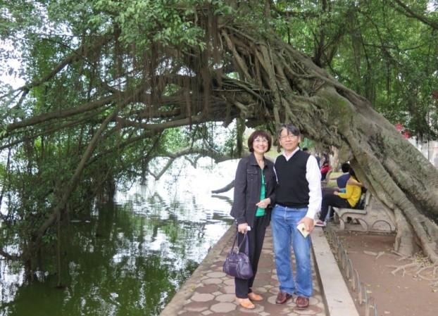 Hồ Gươm - Minh Nguyệt, LCHoang. Photo: TốngMai