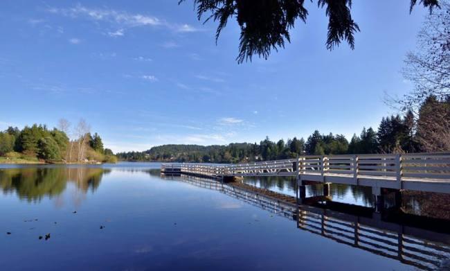 Glen Lake, Victoria. Photo: DoTung