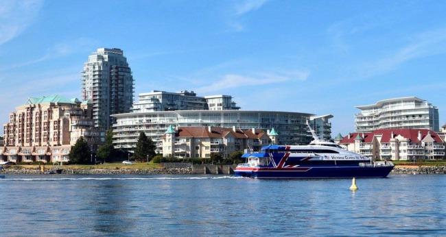 Phà Clipper đi từ Seattle harbor đến Victoria harbor. Photo: DoTung