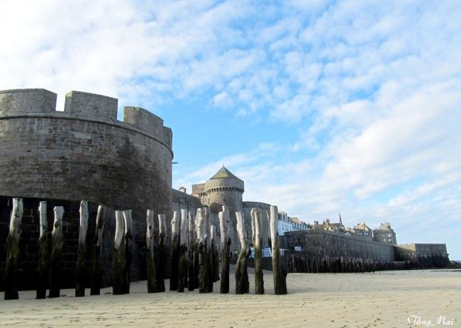 Fort national, Saint-Malo. Photo: TốngMai