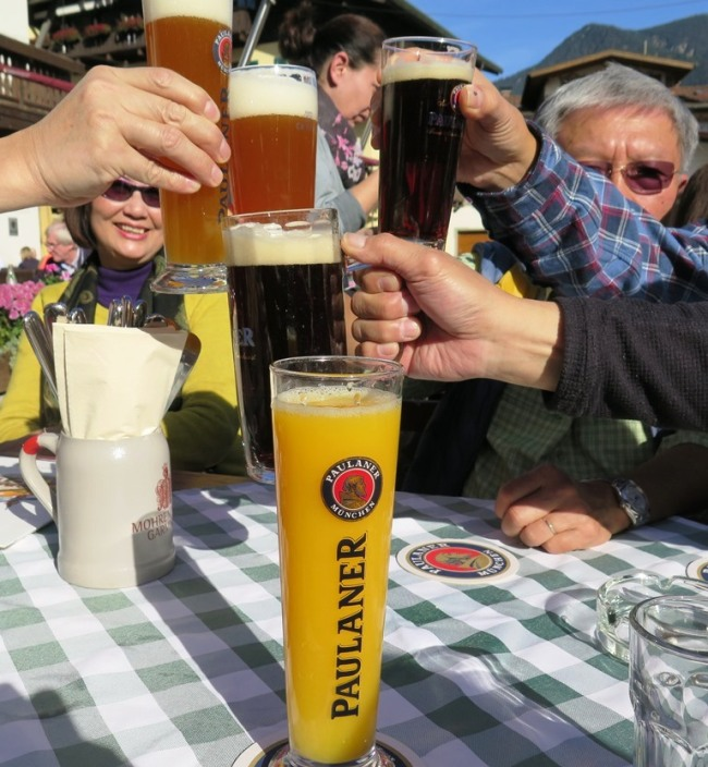 Mai 2015 - Paris, Germany, Budapest - GermanBy - Garmisch Partenkirchen - Lunch2d