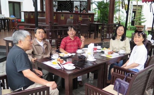 Mai Asia 2014 - Hue - KS Morin - An sang - TDLoc, Huynh, LCHoang, Cuc, Mai