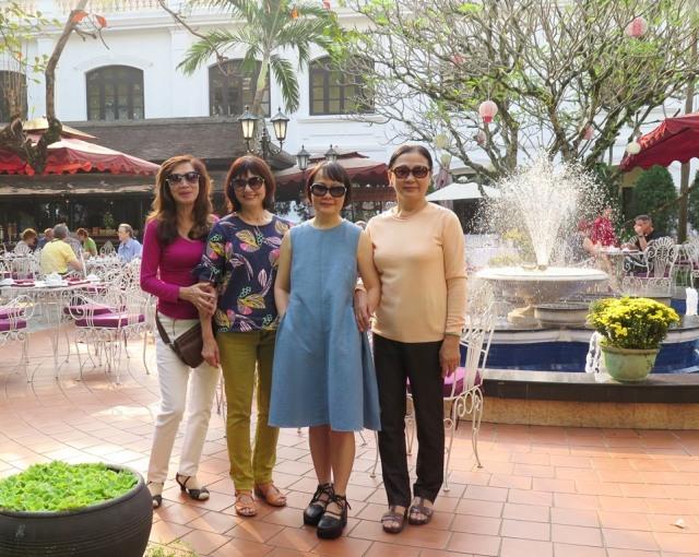 Mai 2016 - VN - Hue - Morin - Lan, Nguyet, Mai, Cuc