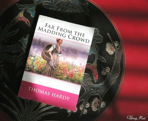 mai-2017-book-far-from-the-madding-crowd-p