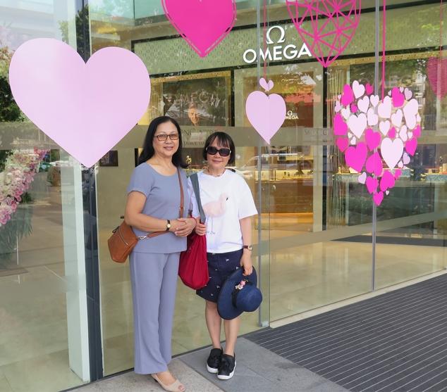 mai-2017-vn-sg-di-shopping-voi-cuc-cuc-mai2