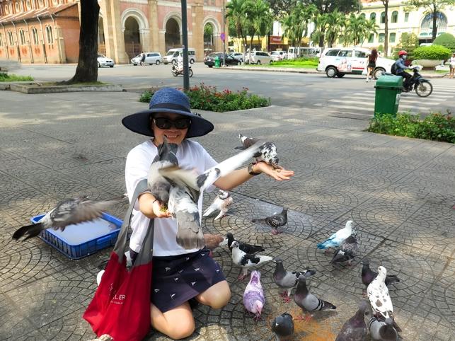 mai-2017-vn-sg-di-shopping-voi-cuc-mai8